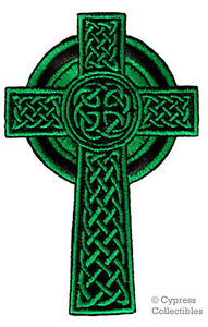 CELTIC CROSS GREEN iron-on PATCH embroidered IRISH CHRISTIAN RELIGIOUS EMBLEM