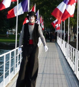 """""""FLOATING"""" CLOWN Stilts Juggler - Shopping Mall Community Events Peterborough Peterborough Area image 4"""