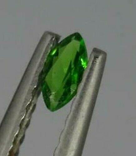 One Natural 4mm x 2mm Loose 0.08ct Green Chrome Diopside Marquise Cut Stone