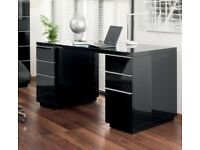Dwell Madison Onum Black gloss lacquer Home office Desk in great condition