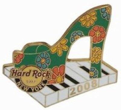 Hard Rock Cafe NEW YORK 2008 SPRING FASHION WEEK PIN SHOE on KEYBOARD HRC #45386