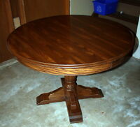 Solid Round Oak Table with Leaf and 4 Chairs