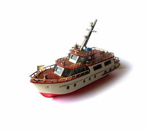 Vintage AM Radio Yacht Boat Cabin Cruiser Toy Size Made in Japan