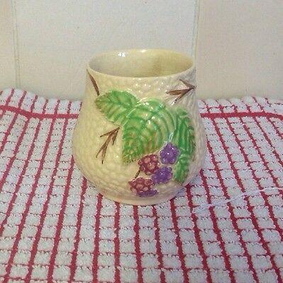Vintage Wade Bramble Pot