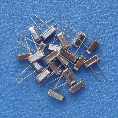 200pcs 25 MHz Quartz Crystal Resonator, Oscillator.