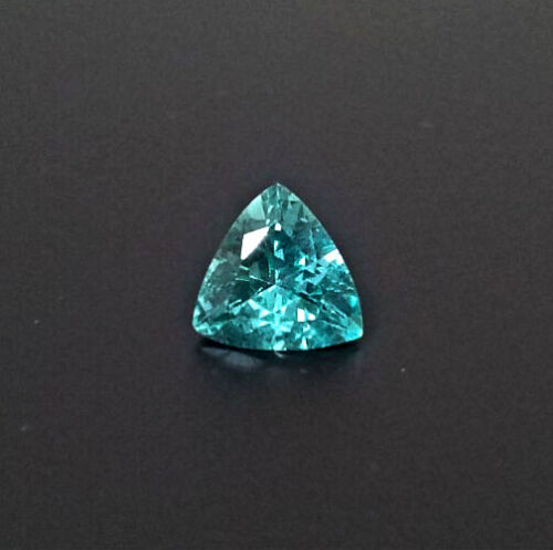 NATURAL AAA UNTREATED TRILLION TRILLIANT FACETED BLUE GREEN APATITE GEMSTONE