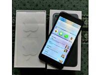iPhone 7 plus 32gb in black
