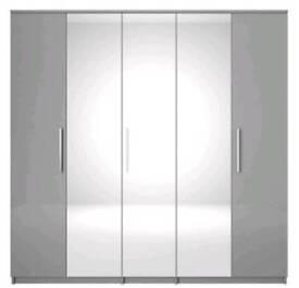 Prague Gloss 5-Door Mirrored Wardrobe, **GREY** H 199, W 201, D 53 cm.