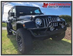 2016 Jeep WRANGLER UNLIMITED Sahara | Hard and Soft Top