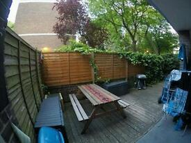 Great room in 2 bed flat with garden