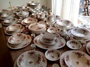 Royal albert 39 moss rose 39 juego de t y vajilla porcelana for Vajilla de porcelana inglesa