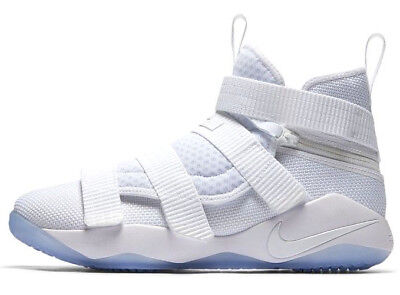 cheap for discount d1065 54324 NIKE LEBRON SOLDIER XI FLYEASE 4E WHITE ICE SIZE 10.5 BRAND NEW (AQ3321-100)