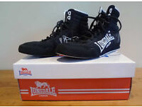 Pair Londsdale boxing boots - size 7 - boxed - vgc
