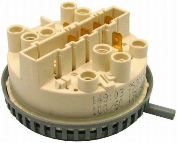 New Genuine Hotpoint Switch Pressure Double C00198474 Spare Replacement Part