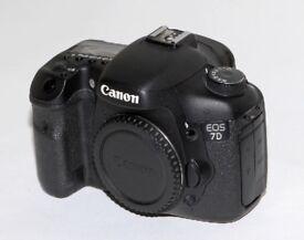 Canon 7D Body - shoots 8 frames per second - Virtually mint