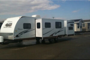 310 BHDS 2010 Coachman Freedom Express for sale