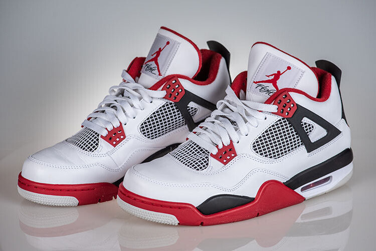 AIR JORDAN 4 RETRO SNEAKERS WITH BOX – MEN'S SIZE 10 – WHITE/VARSITY/RED BLACK