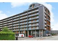 2 bedroom flat in Hallsville Road, London, E16 (2 bed) (#1089485)