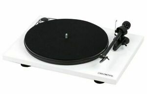 Pro-Ject Essential III Record Player Turntable (New)