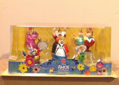 DISNEY ALICE IN WONDERLAND FIGURINE PLAYSET. RARE COLLECTOR ITEM. OUT OF
