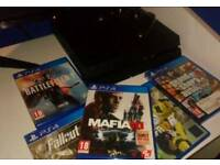 PS4 + 5 Games