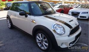 2012 Mini COOPER S AUTOMATIC -- PANORAMA GLASS ROOF
