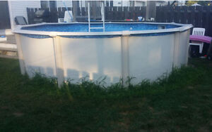 15 foot above ground swimming pool for sale Gatineau Ottawa / Gatineau Area image 2