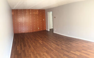 Quiet area,1bd/1bth behind Oliver Square-Great location! FREEsep