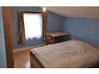 NICE ENSUITE ROOM WITH PRIVATE PARKING IN STRETHAM