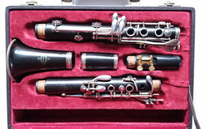 Buffet Crampon E11 Wooden Bb Clarinet Excellent Condition