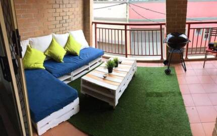 1 Girl for Roomshare in amazing flat near UTS and Sydney Uni