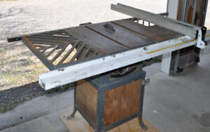 Table saw and leaf blower/mulcher