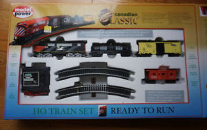 "Electric HO Scale Train  ""Model Power"" CANADIAN CLASSIC No. 1029"