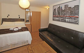 Wonderful Spacious studio flat in Kilburn Park- London for short term. Holiday apartments(#K8)