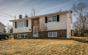 11A Brian Dr 3 Bed Split Entry-Energy Efficient-Well Maintained!