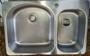 double sink stainless steel,acier inoxydable,double, lavabo West Island Greater Montréal image 1