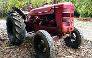 W4 McCormick Tractor- Ready to work