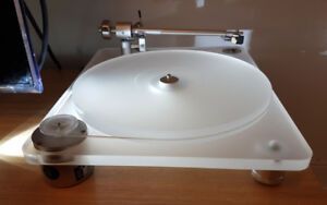 Clear Audio Emotion Turntable in Excellent Condition