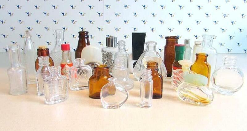 Group Lot of 29 Miniature Glass Bottles   Medicine Perfume ECT