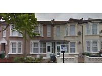 MUST SEE 3 BED 2 BATH IN LEYTON E10, MOVE IN IMMEDIATELY!!