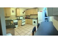 Spotless double rooms with en suite