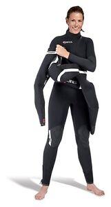 MARES-2-Shell-Set-COMPLESSIVO-Shorts-Donna-LEI-SI-TUFFA-Muta-immersione-ERL
