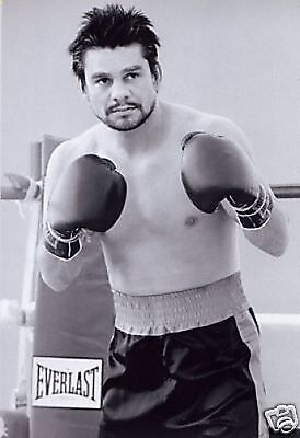 Roberto Duran Boxing Legend 10x8 photo