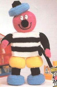 bertie bassett  liquriche toy knitting pattern 99p