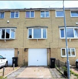 2 BED TOWNHOUSE IN HALIFAX