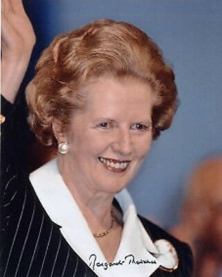 Margret Thatcher Prime Minister with Copy Autograph 10x8 Photo