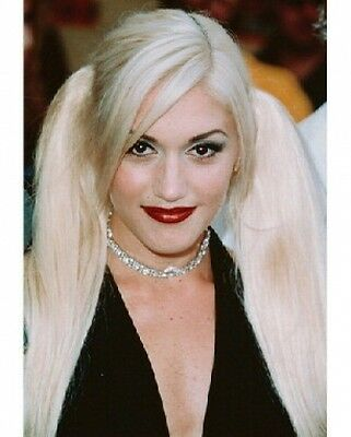 GWEN STEFANI 8 X 10 COLOR PHOTOGRAPH