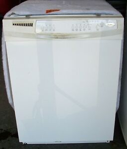 VERY GOOD CONDITION  Whirlpool built in full size dishwasher