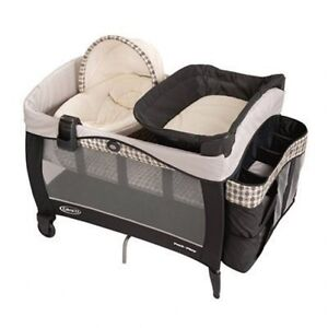 Graco Pack 'n Play Playard w/ Newborn Napper Deluxe in Vance Brand New!!