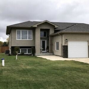 4 Bedroom House for Rent in Ste. Anne, Manitoba